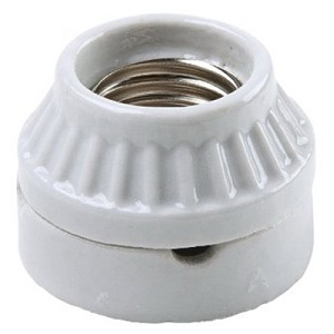 ceramic base cleat.jpg